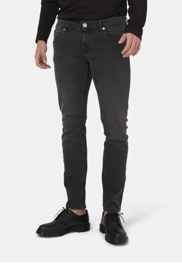 MUD-jeans_herenjeans_dithabonita_Man-Sustainable-Jeans-Slim-Lassen-Stone-Black-halffront