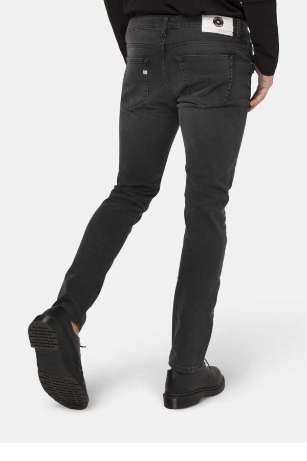 MUD-jeans_herenjeans_dithabonita_Man-Sustainable-Jeans-Slim-Lassen-Stone-black-halffront-1